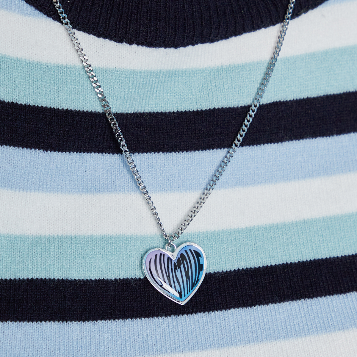 IN HEART NECKLACE(BLUE)
